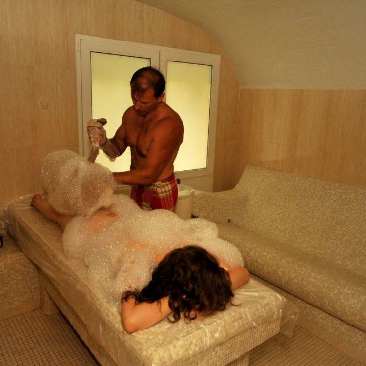 Мыльный массаж в хамаме